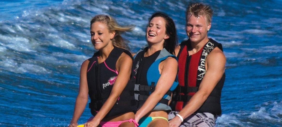 Best Women S Life Jacket Reviews Pools And Tubs